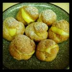 shu-cream (custard cream puffs)